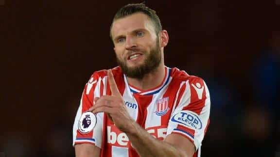 High penalty for Pieters: 'He has let us down ugly'.
