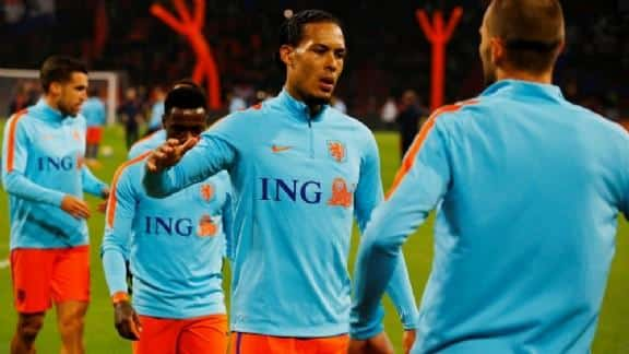 Van Dijk: 'It does not matter whether he leaves Eredivisie or in two years' time'.